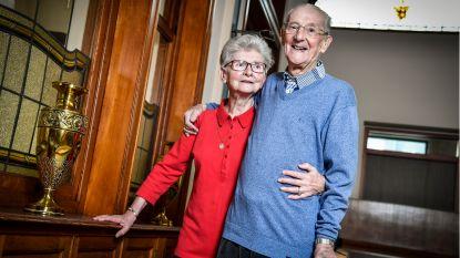"""'Jonggehuwden' over het leven als man en vrouw: """"Geen verpleegster nodig, ik verzorg 'Polleke' zelf wel"""""""