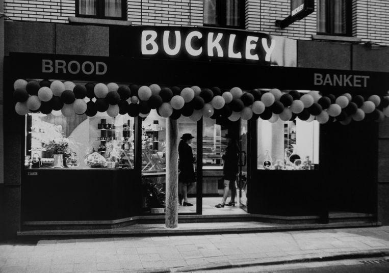 De opening van de bakkerij Buckley in 1995.