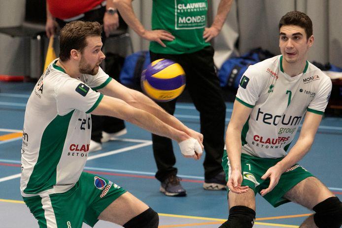 Joeri Polman (links) als speler van Tectum Avoc Achel.