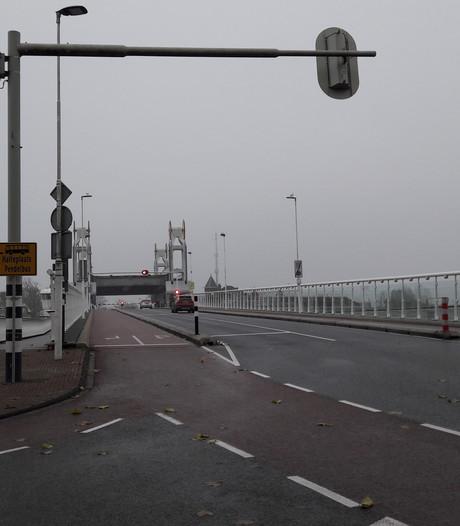 Stadsbrug Kampen weer open