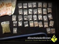 Zwijndrechtenaar en Dordtenaar betrapt met drugs op zak