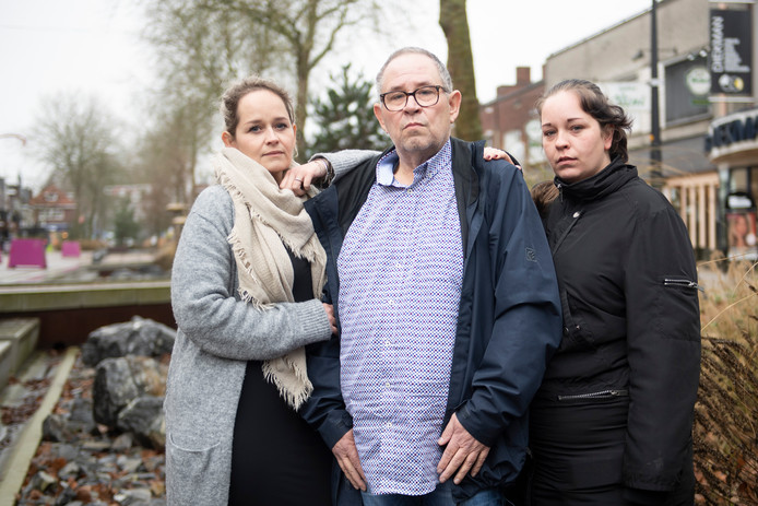 Vanaf links: Gemma Formsma-Kamp, Bert Kamp en Annelies Kamp.