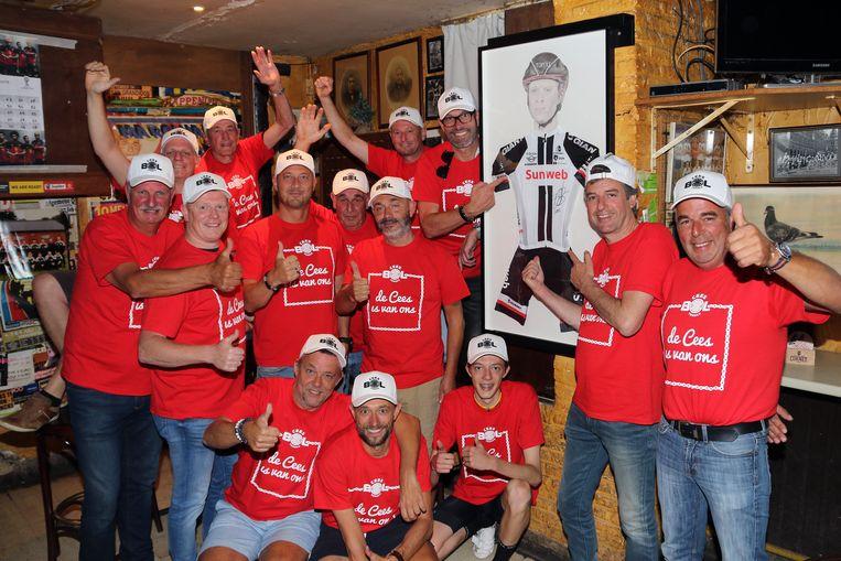 De leden van supportersclub Cees Bol in 't Toreke in Bouwel zijn gek van hun idool.