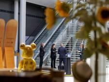 Cultuurminister in Den Bosch: 'Dat er instellingen gaan omvallen, is niet te voorkomen'