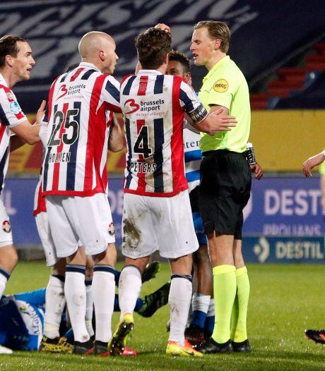 Scheidsrechter wekt verbazing met uitspraken over omstreden rode kaart en penalty bij Willem II - PEC