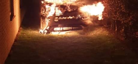 Auto uitgebrand bij vakantiepark in Burgh-Haamstede