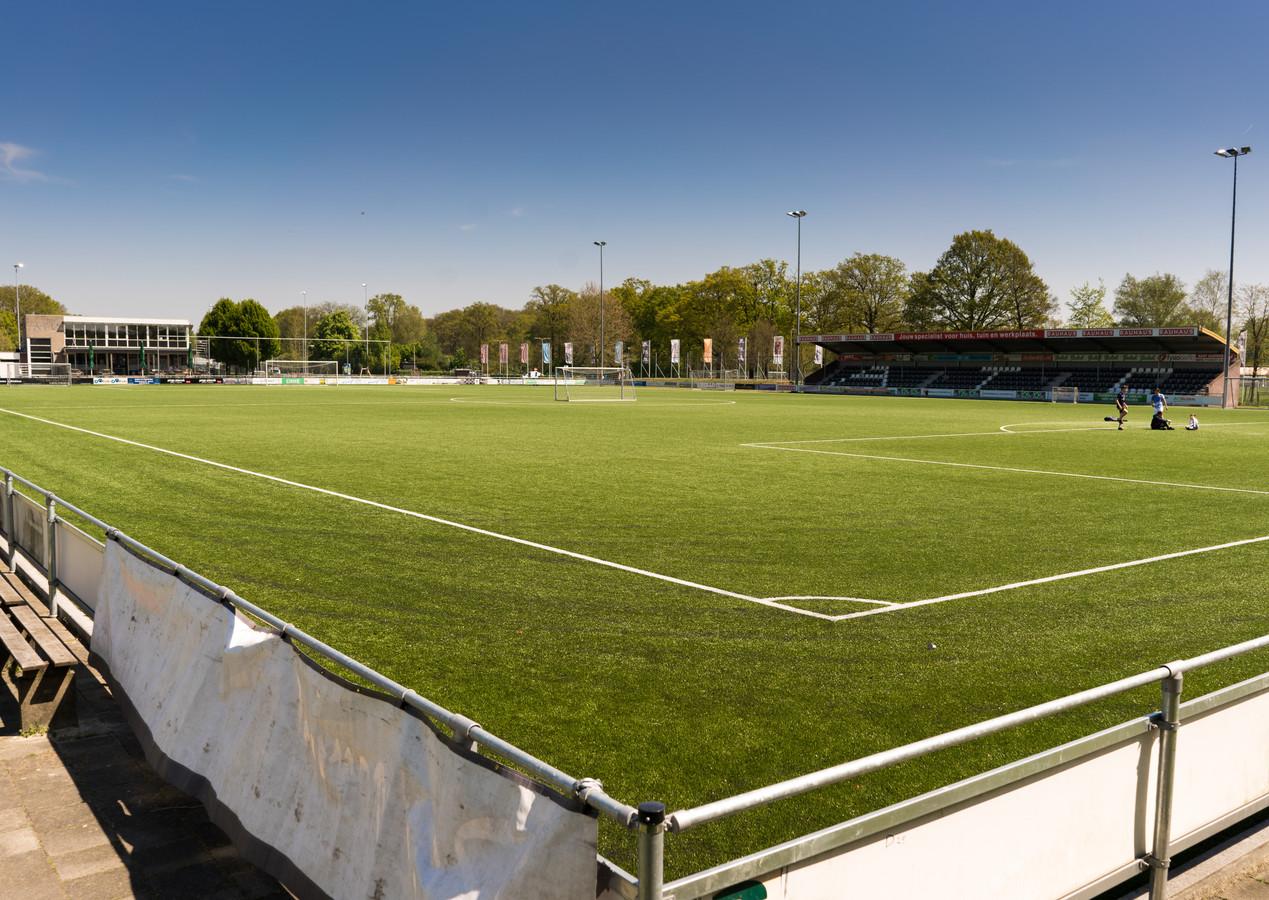 Het hoofdveld van voetbalvereniging ATC'65 uit Hengelo.