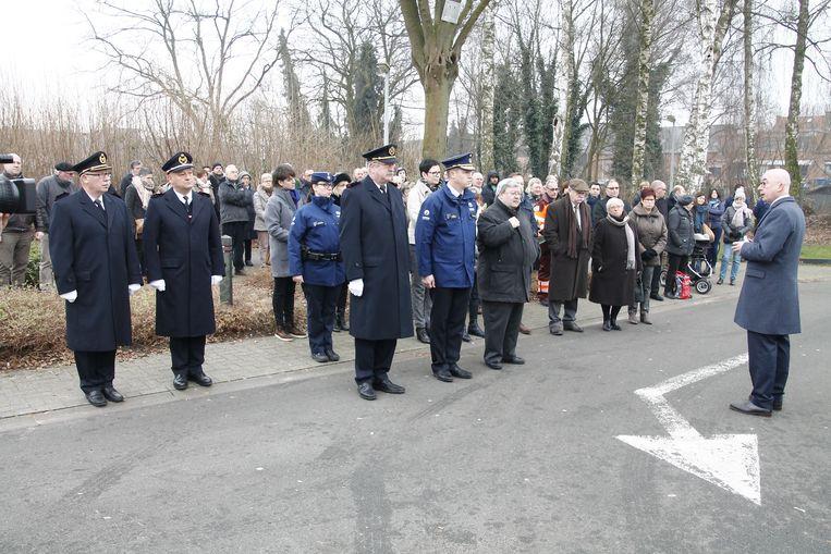 Enkele tientallen mensen kwamen naar de herdenking.