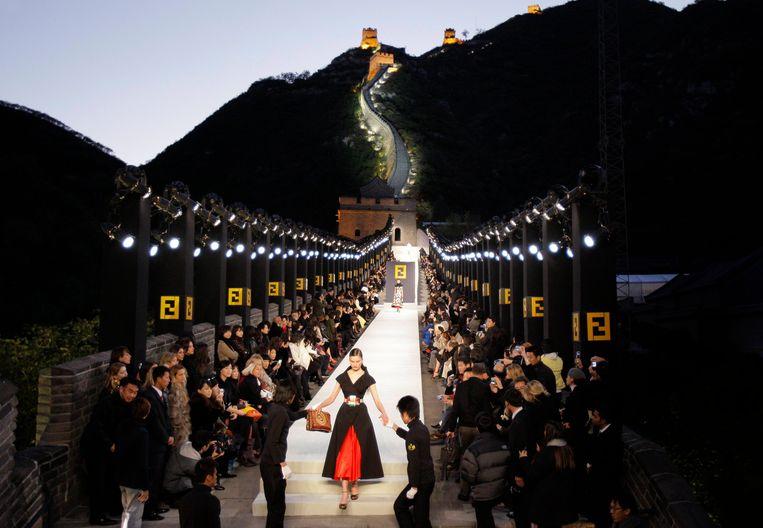 De show van Fendi op de Chinese Muur in 2007.