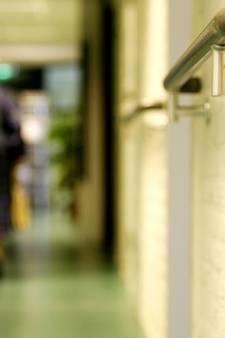 Medewerker verpleegtehuis verdacht van moord patiënt