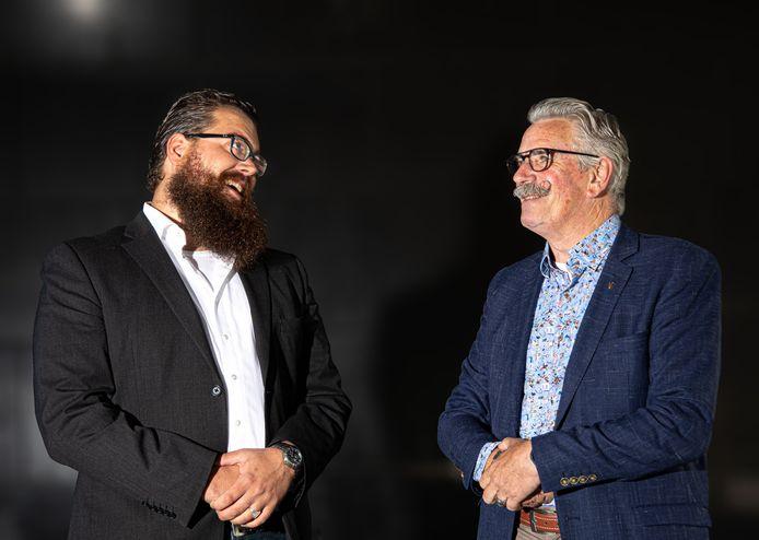 Fred Kerkhof (rechts) samen met Chilion Snoek (links). Na het vertrek uit de Partij van de Toekomst in Overijssel gaan de twee samen in een onafhankelijke partij verder genaamd Mooi Overijssel.