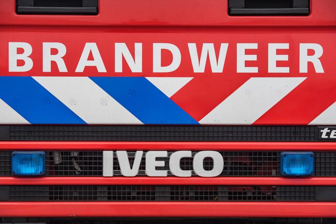 Groningen - Een stockfoto van een brandweerwagen. De brandweer valt onder de hulpverleningsdiensten net als de politie en de ambulance. Stock, stockfoto\'s