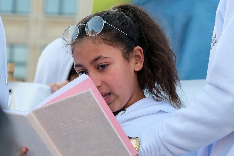 mars voor Mehdi: jonge zus van Mehdi