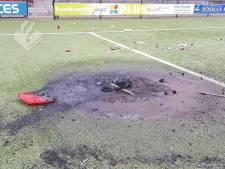 Brand richt grote schade aan op kunstgrasveld van PVCV Vleuten