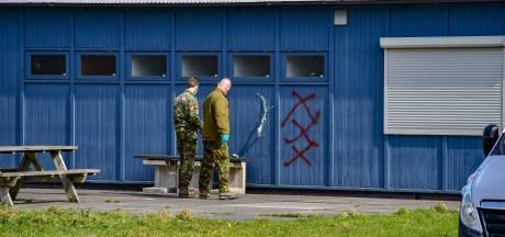 Drie Amsterdammers aangehouden voor handgranaat bij supportershome ADO