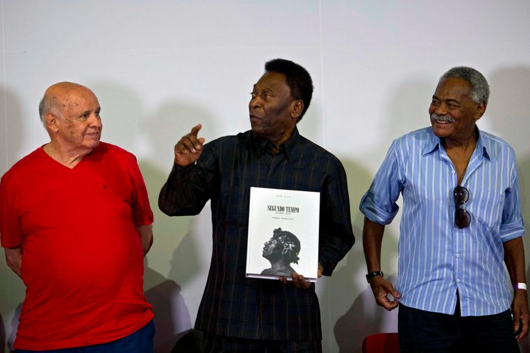 Coutinho, hier rechts, met Pelé en Pepe, een andere gewezen ploegmaat.