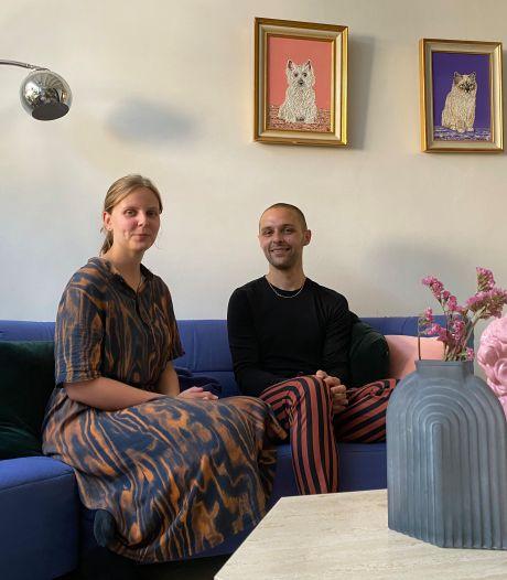 """Justine en Theo verkochten hun tweedehandsspullen op Instagram, en dat bleek schot in de roos: """"Binnenkort openen we winkel in Rabot"""""""