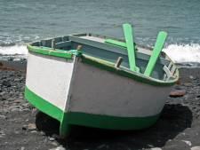 Blondines die de Lek over roeiden en vervolgens de boot dumpten, melden zich bij politie