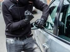 Mannen aangehouden op A4, reden in gestolen auto met gestolen kentekenplaten