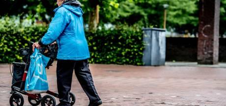 Vrouw (84) in Zwolle is Roemeense rovers te snel af en brengt zo justitie op een spoor van overvallen