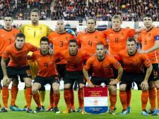 Fans zwaaien Oranje op 2 juni uit in Arena