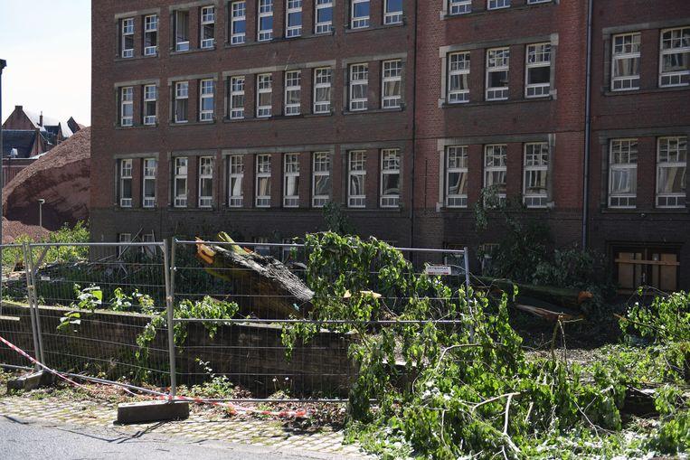 De sloopwerken aan de verpleegsterschool in Leuven zijn gestart.