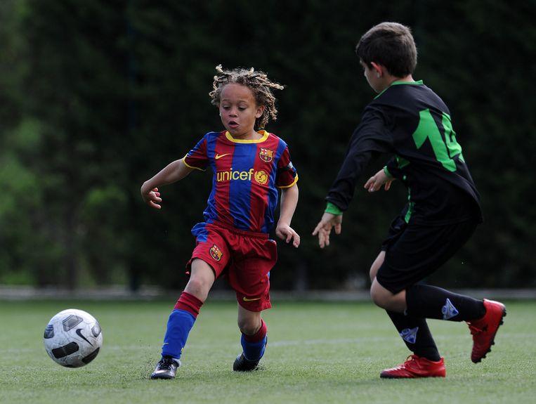 Xavi Simons (11) woont vanaf zijn derde in Spanje en werd daar ontdekt door Barcelona Beeld Guus Dubbelman