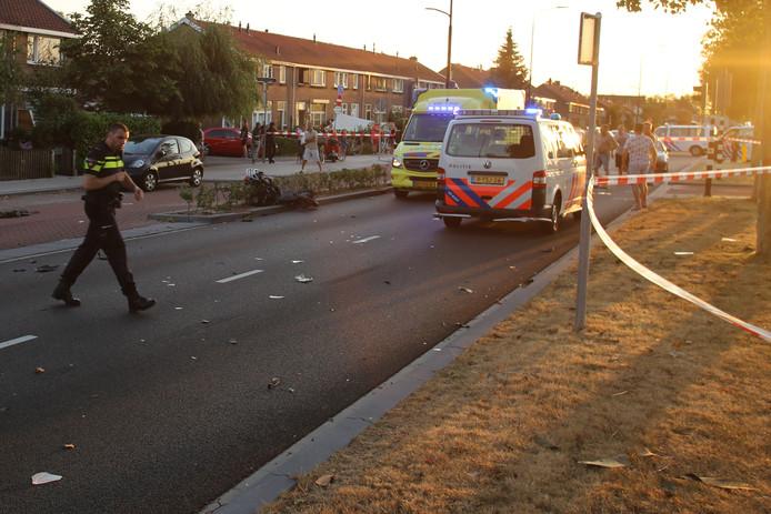 Een scooterrijder raakte in augustus zwaargewond bij een aanrijding op de Merwedestraat in Dordrecht.