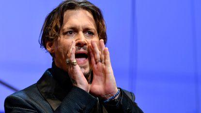 """Johnny Depp aangeklaagd door ex-bodyguards: """"We werden vooral ingezet als babysit en kregen ons loon niet"""""""