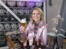 Cafés bieden niet alleen een glas bier, maar ook een goed verhaal