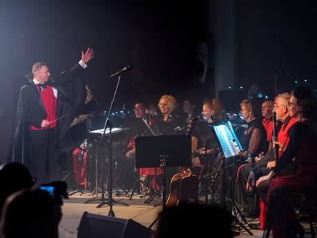 Harmonieorkest in Halloweensferen