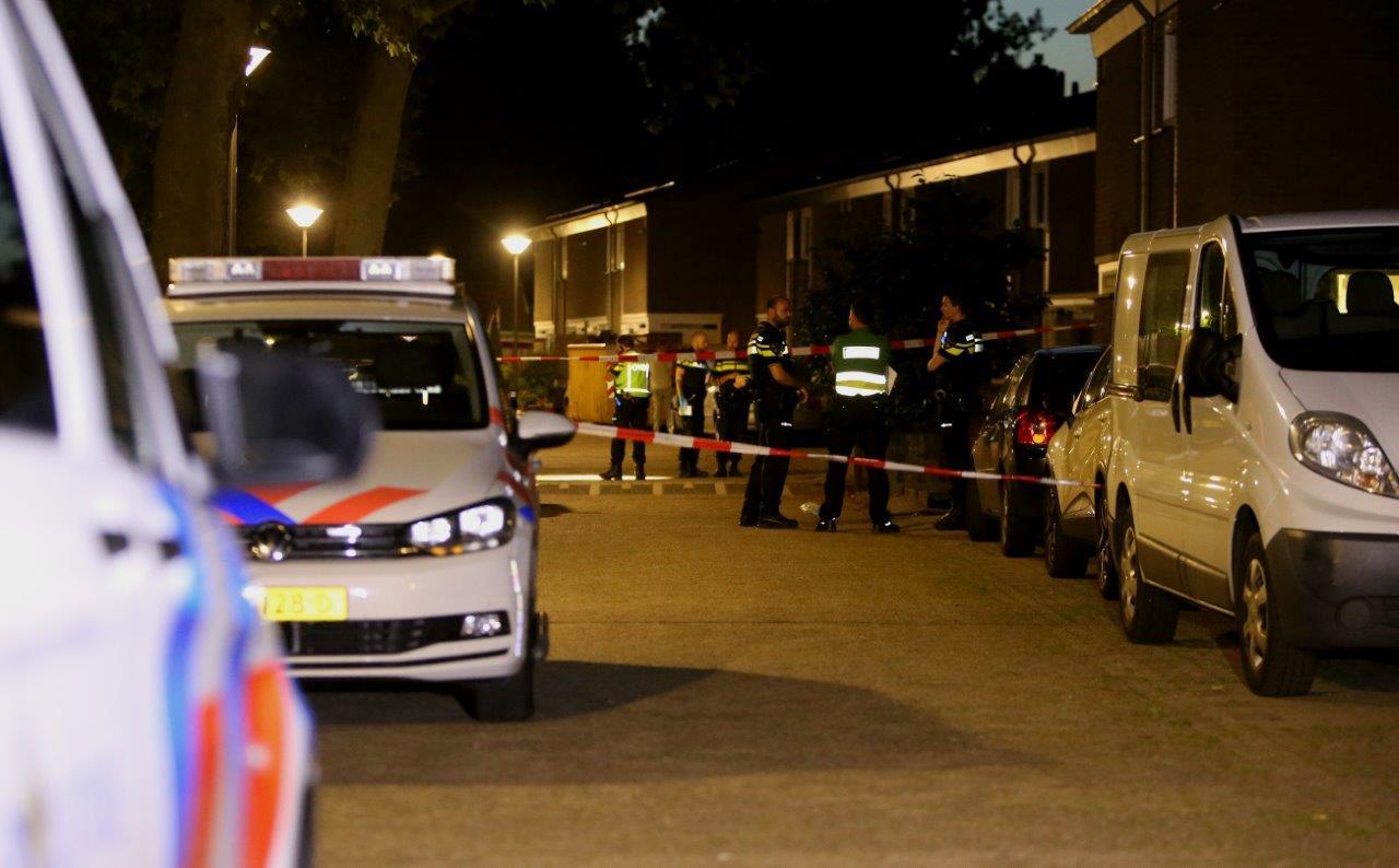 Bij een steekincident in de Merinohof in Oss is een man ernstig gewond geraakt.