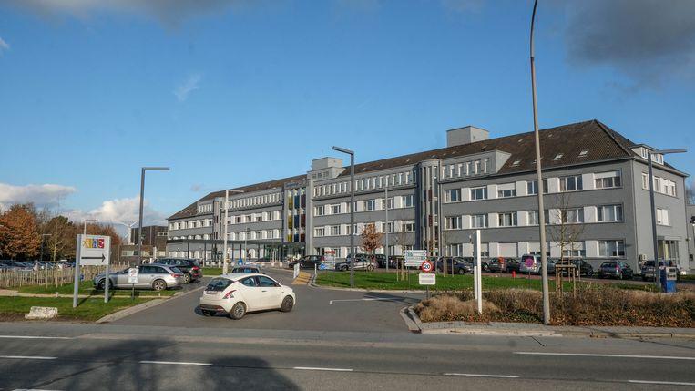 Het O.L.V. van Lourdesziekenhuis in Waregem hield een noodoefening, op een parking van het bedrijf TVH.