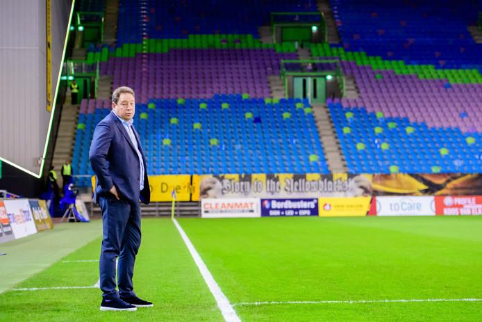 Leonid Sloetski moet de ommekeer bewerkstelligen bij Vitesse.