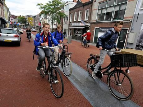 'Woerdense Rijnstraat niet klaar voor verblijf'