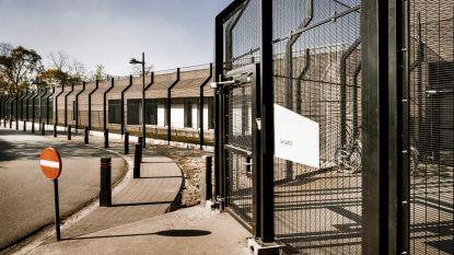 Psychiatrisch centrum voor vrouwen onder vuur voor erg streng regime: wie vloekt, vliegt al naar isoleercel