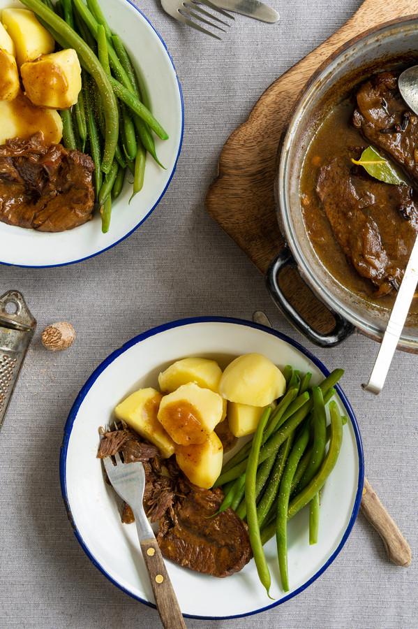 Draadjesvlees met aardappelen en sperziebonen