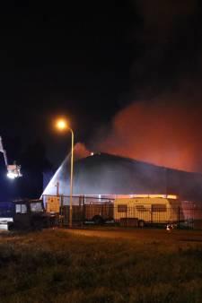 Grote brand in loods op bedrijventerrein Axel