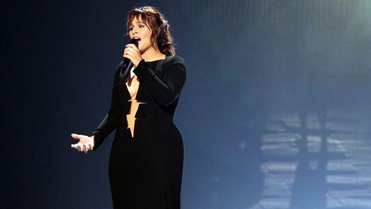 'De songfestivaljurk van Trijntje Oosterhuis hebben wij regelrecht onderbehandeld deze week, waarvoor excuses' Beeld anp