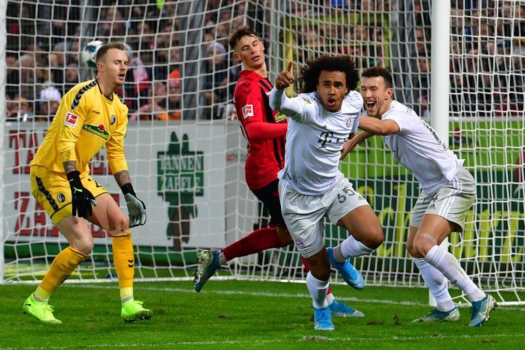 Driemaal scoorde Joshua Zirkzee met zijn eerste aanraking, de laatste keer twee weken terug tegen Borussia Mönchengladbach toen de Schiedammer mocht starten.  Beeld BSR Agency