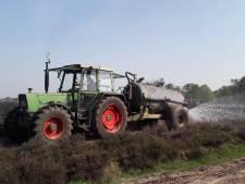 Martien Adelaars helpt brandweer met blussen heidebrand: 'M'n moeder zei: ga maar helpen'