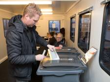 Stemlokaal station Raalte trekt 239 stemmers