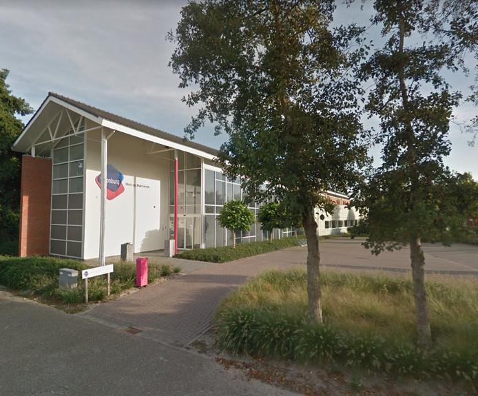 Het voormalige pand van Woonburg op het Karreveld in Koudekerke.