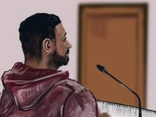 Vier jaar cel en tbs met verpleging geëist tegen man die vanuit het niets drie tieners neerstak in Den Haag