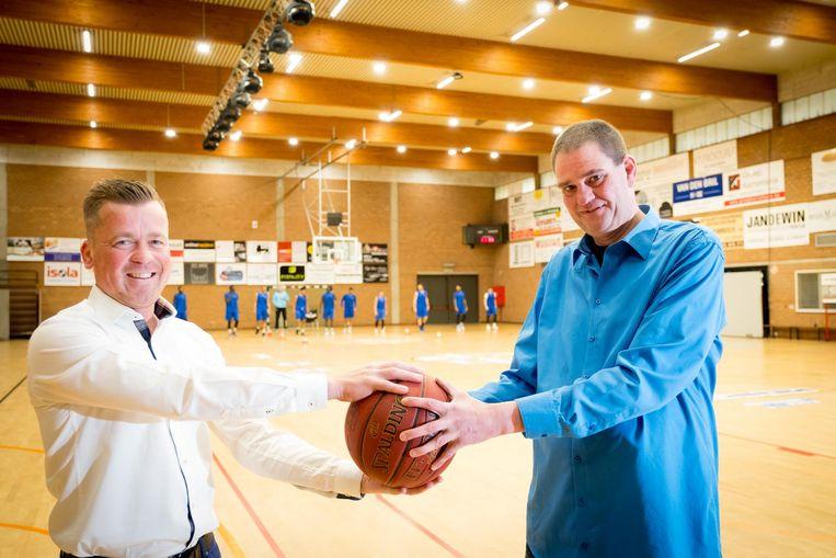 Bert Van Driessche met Wim Verbesselt, de drijvende krachten achter de nieuwe supportersclub.