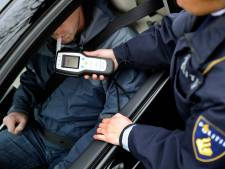 Beginnend bestuurder uit Rozendaal met veel te hoog alcoholpercentage aangehouden