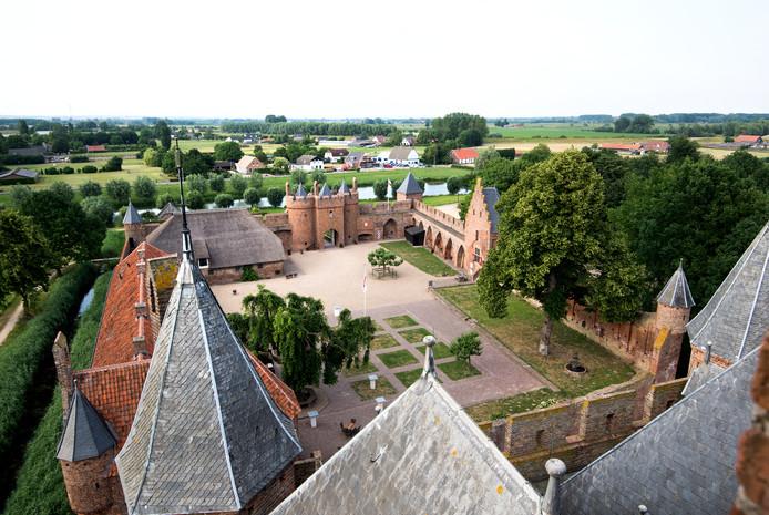 De voorburcht van Kasteel Doornenburg.