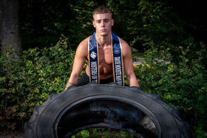 Roy van Dam uit Driel, die in de finale voor de titel Mister of the Netherlands staat.