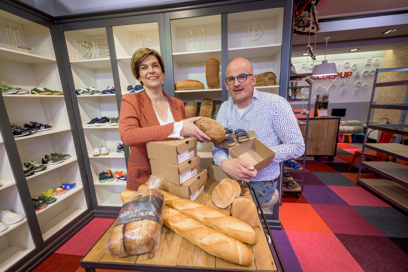 Frank en Nancy Hermelink verruilen de kinderschoenen voor brood, op dezelfde locatie.