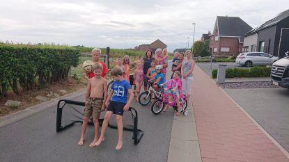 Beekstraat is elk weekend in juli een speelstraat, ook verkeersvrije speeldagen in Achterstraat